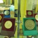 Музей фабрики ''1 Мая''. Медали с международных и российских выставок и ярмарок