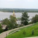 Вид с набережной Федоровского на Рождественскую церковь и речной вокзал. Нижний