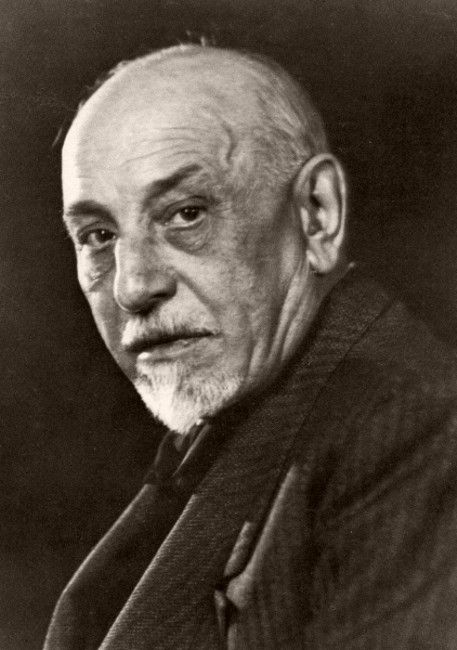 pirandello war How can the answer be improved.